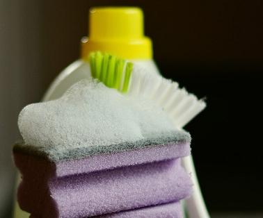 Как вывести масляное пятно с одежды в домашних условиях рекомендации