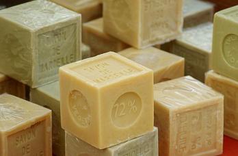 Куски мыла